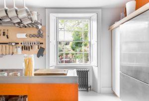 Valchromat_Projetos_Cozinha Moderna em tons de cinza e laranja_Reino Unido 5